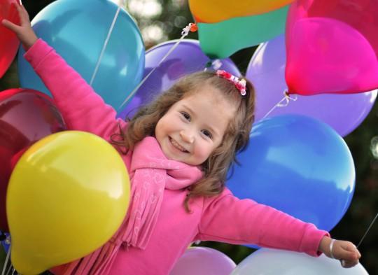 Pohľadnica gratuľujem všetko najlepšie k narodeninám meninám balonovy usmev  - k meninám, príležitosti