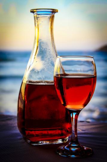 Pohľadnica vino more  -